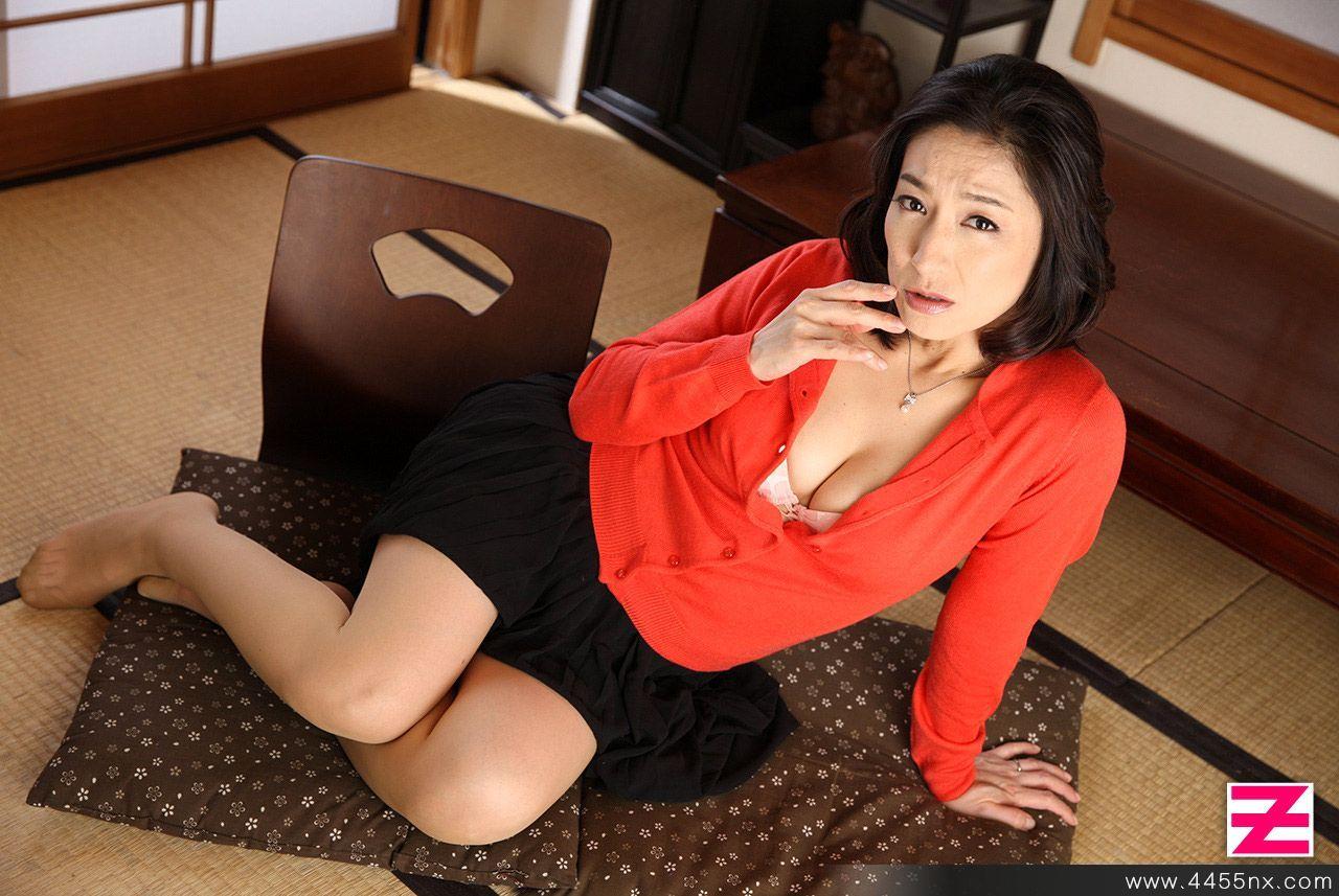 【三日月】パンストのつま先 part24【nude】 [無断転載禁止]©bbspink.comYouTube動画>13本 ->画像>1200枚